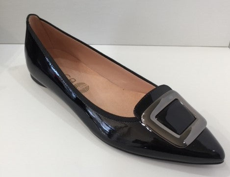 Unisa Patent Leather Pointy Court UNABDEL