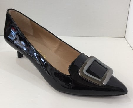 Unisa Patent Leather Pointy Court UNJAIDEN