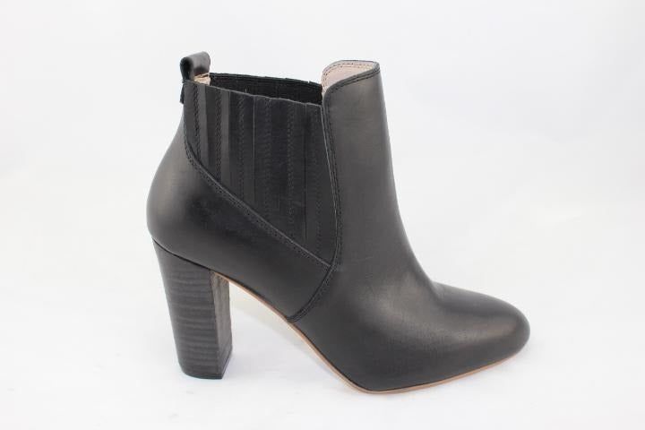 Human Premium Taro Short Heel Leather Boot
