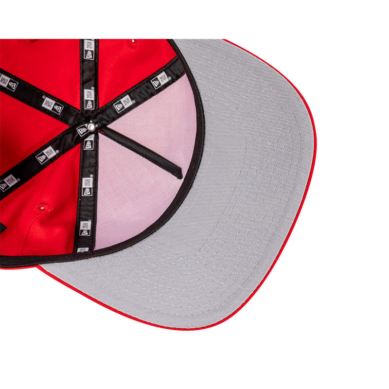 Chicago Bulls Team Script THE GOLFER SNAPBACK - Scarlet Red