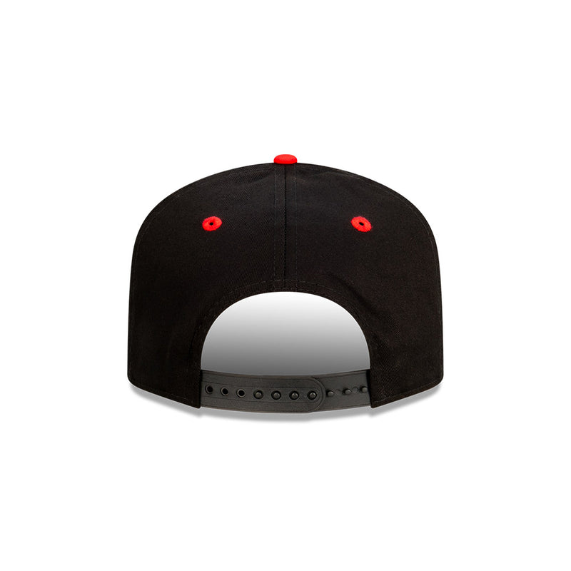 Chicago Bulls Two Tone THE GOLFER SNAPBACK - Black/Scarlet