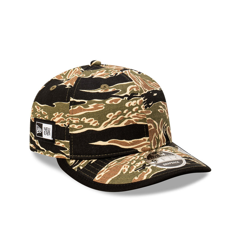 Plain RETRO CROWN 9FIFTY Strapback - Tiger Camo