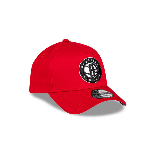 Brooklyn Nets 9FORTY A-FRAME - Scarlet/Black/White Logo