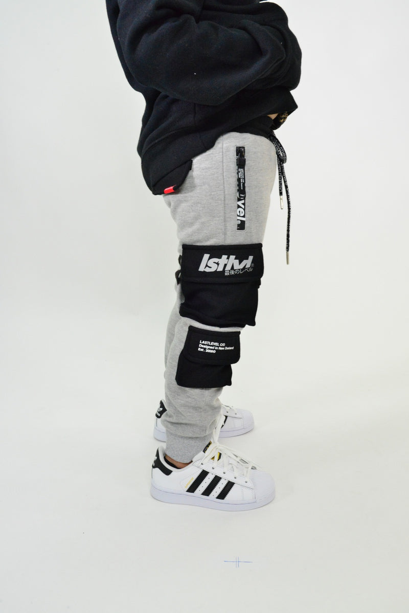 LASTLEVEL KIDS CARGO FLEECE TRACK PANTS