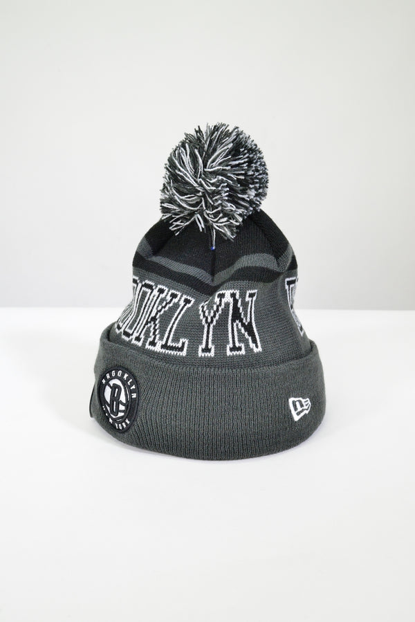YOUTH BROOKLYN NETS KNIT POM POM BEANIE