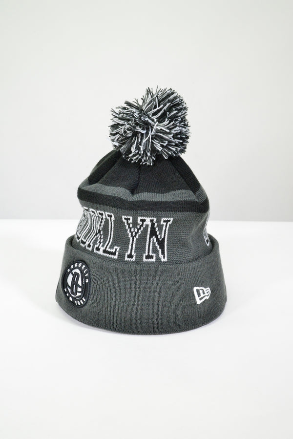 BROOKLYN NETS KNIT POM POM BEANIE