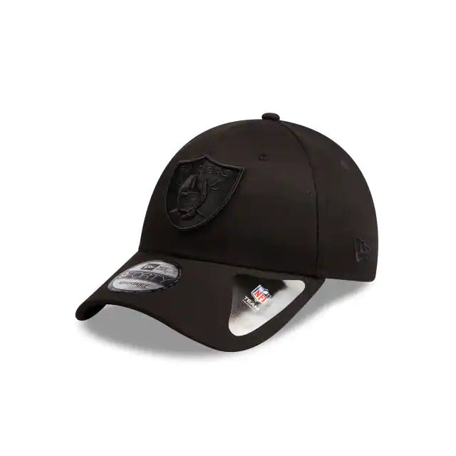 OAKLAND RAIDERS 9FORTY CS ADUSTABLE STRAPBACK - BLACK ON BLACK