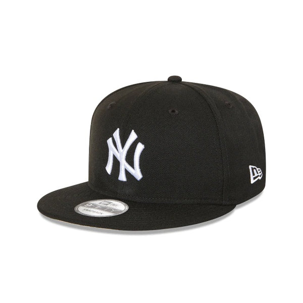 NY YANKEES 9FIFTY SNAPBACK - BLACK-WHITE LOGO