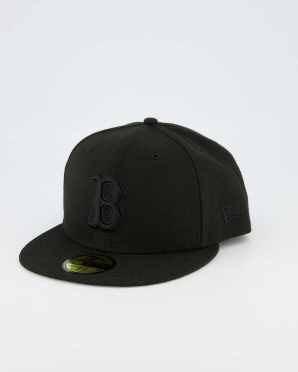 Boston Redsox 59FIFTY Fitted Cap - Black on Black