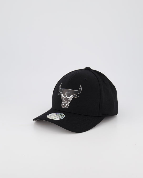 CHICAGO BULLS NBA PINCH 110 SNAPBACK - 3D SILICONE METALLIC SEAL
