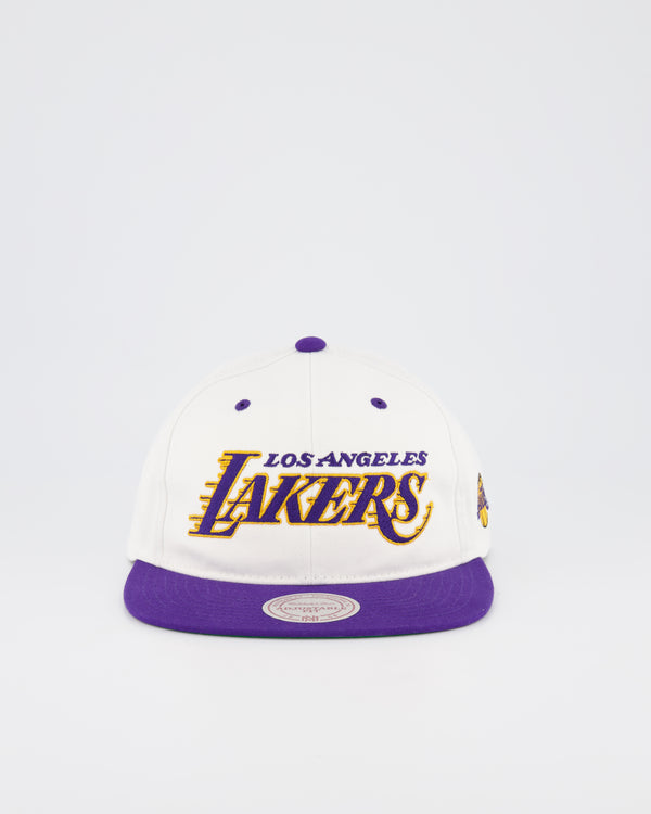 LA LAKERS NBA DEADSTOCK SNAPBACK - WHITE TEAM SCRIPT