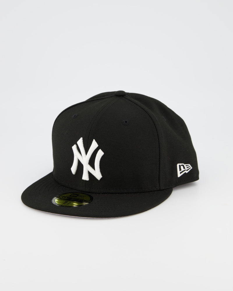 New York Yankees 59FIFTY Fitted Cap - Black/White