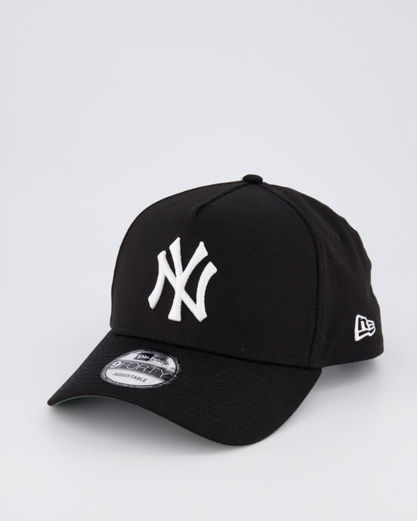 NY YANKEES 9FORTY A-FRAME - BLACK/GREEN UNDER VISOR