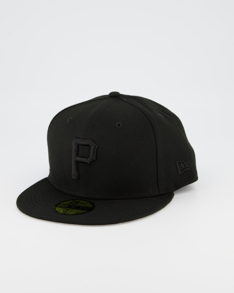 Pittsburgh Pirates 59FIFTY Fitted Cap - Black on Black