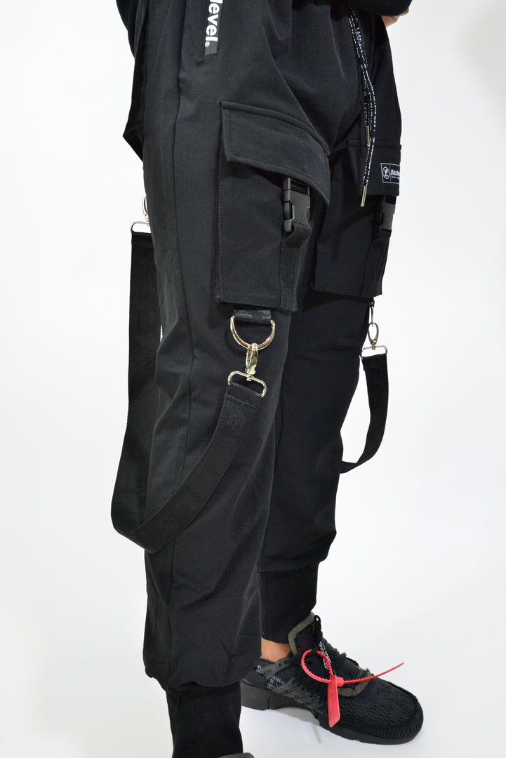 2.0 NEW STRAP OFFSET CARGO TECH JOGGERS - BLACK