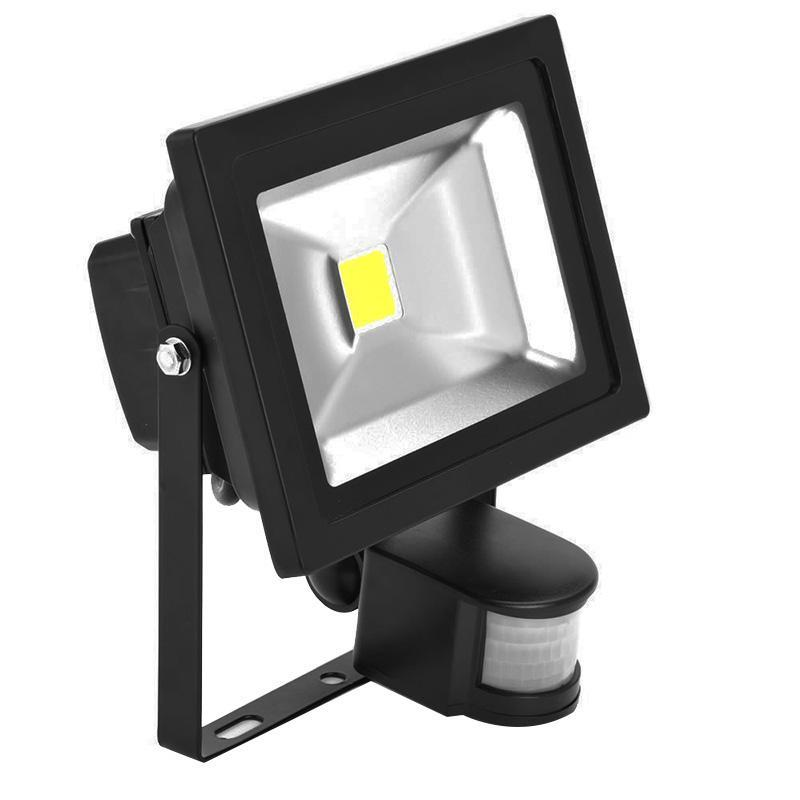 G.W.S LED Wholesale 20W Black Casing LED PIR Flood Light