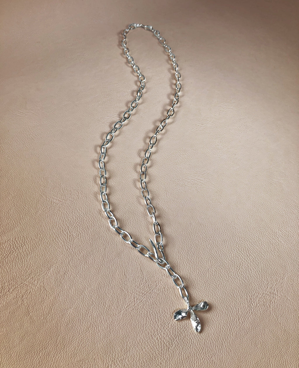 TRIFOLI // silver chain - ORA-C jewelry - handmade jewelry by Montreal based independent designer Caroline Pham