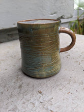 Load image into Gallery viewer, Carved Lines Mug