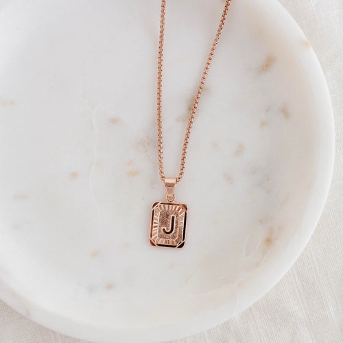 Initial Necklace Rosegold
