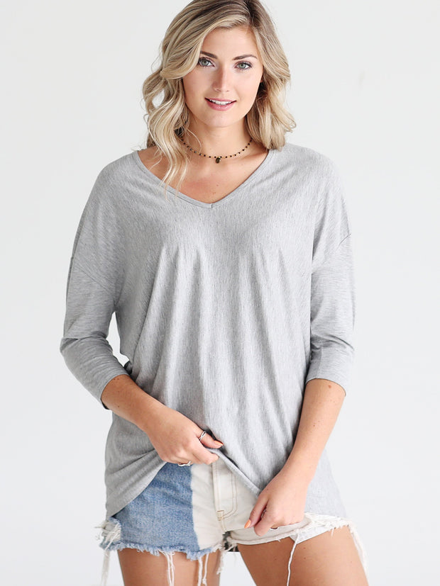 Heather Gray DLMN V-Neck 3/4 Sleeve Tunic