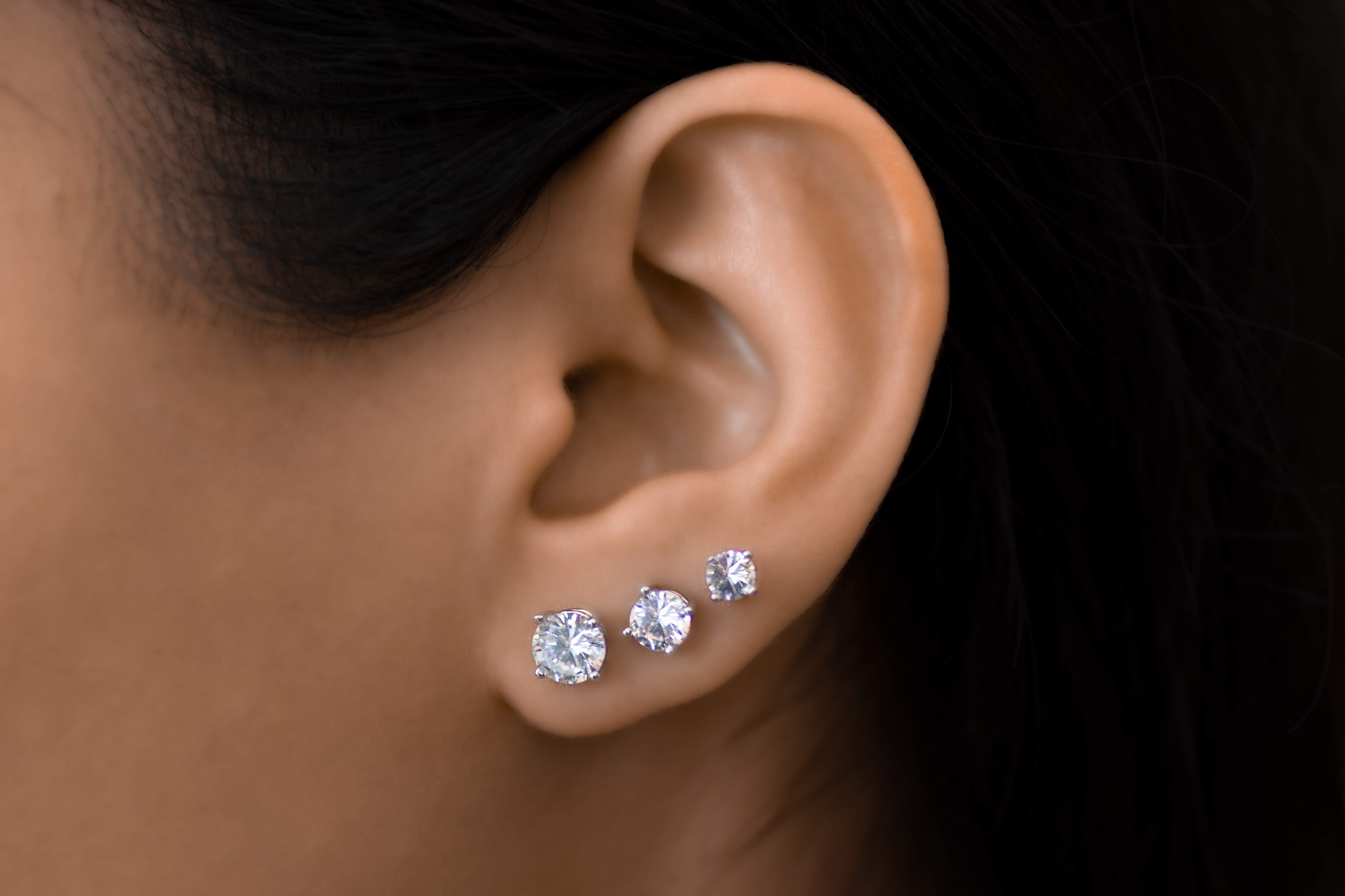 Round Brilliant Diamond Stud Earrings - Value Quality