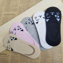 Load image into Gallery viewer, Cat Face Socks - MyTopCat