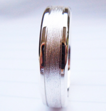 Load image into Gallery viewer, KLEIN Mens Handcrafted Sterling Silver wedding band