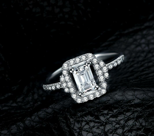 925 Sterling silver simulated diamond ring