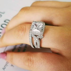 LATIFAH handcrafted ring Set With Engraving