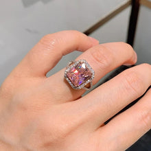 Load image into Gallery viewer, SUMAYA handcrafted ring witb lab diamonds