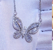 Load image into Gallery viewer, BUTTERFLY necklace