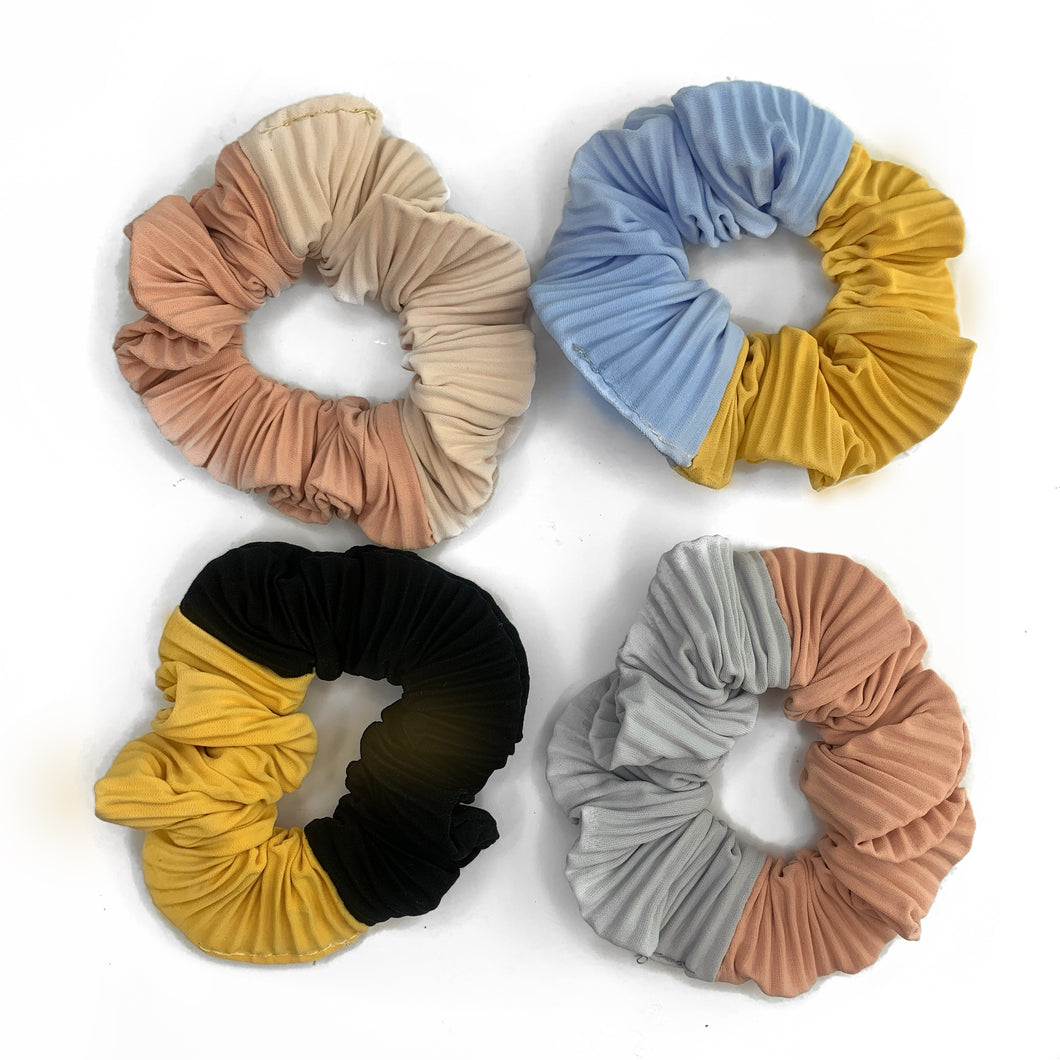 BLAKE PLEATED SCRUNCHIE