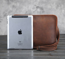 Load image into Gallery viewer, Retro Leather Messenger Bag
