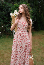 Load image into Gallery viewer, Beautiful floaty floral dress