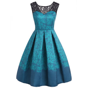 Beautiful printed swing dress in 2 colors with lace detail