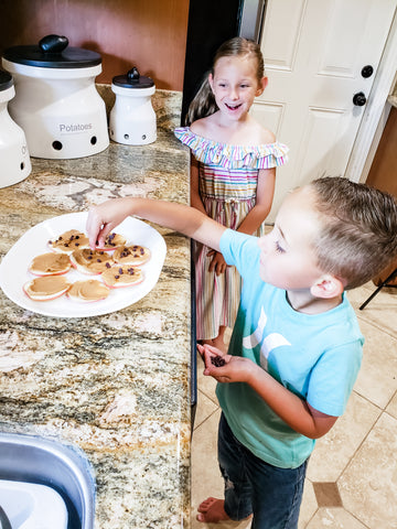 Haven Co. Riverside food blog for healthy and simple recipes that the whole family will enjoy. Mommy and me recipes, kids recipes, cooking and cookbooks for purchase and download. Using Truvani protein