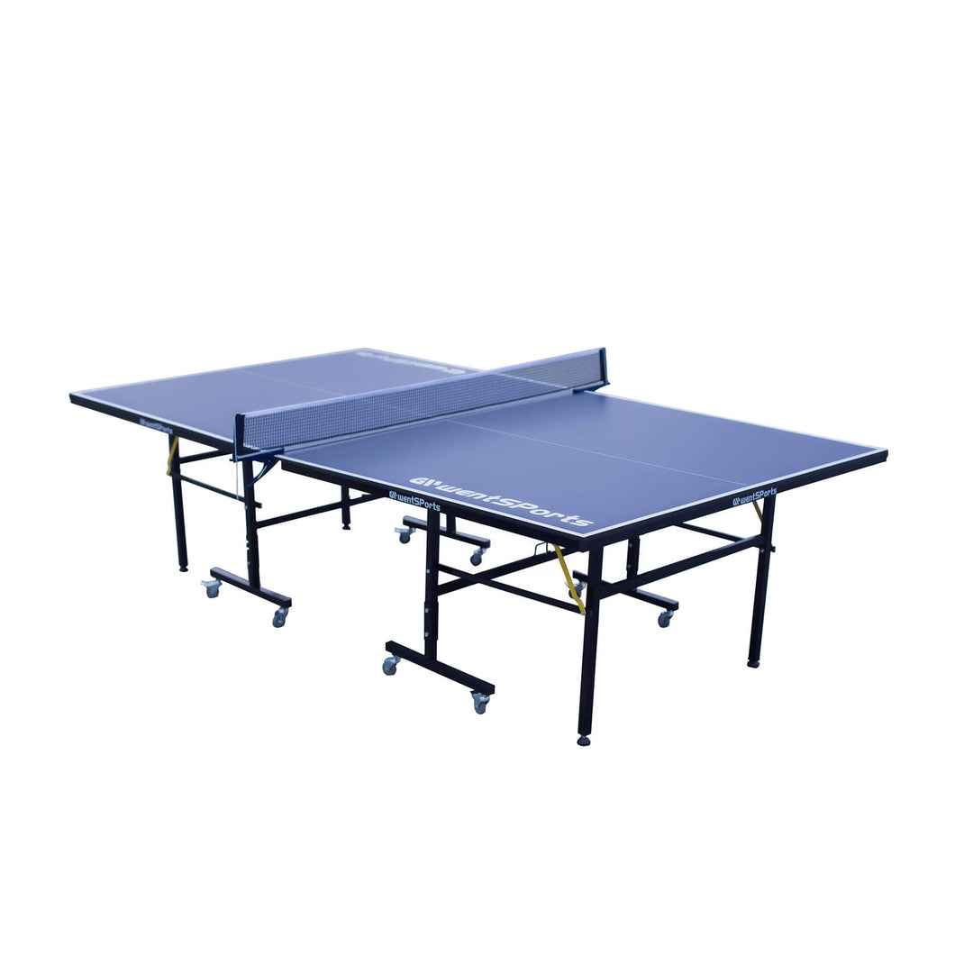 Ping pong table with lockable caster
