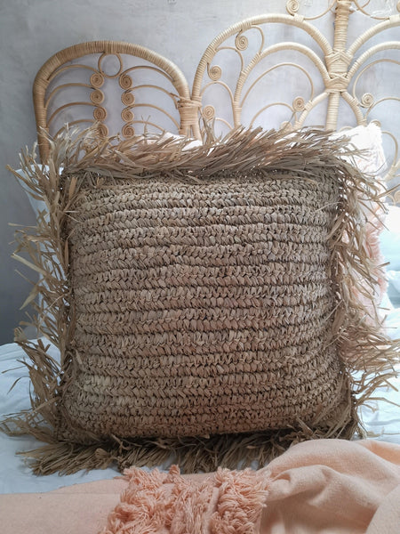 Raffia cushion cover