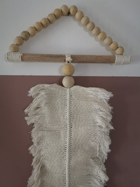 Macrame leaf medium