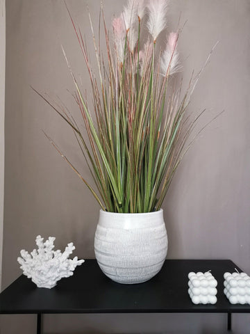 Vincent large off white plant pot