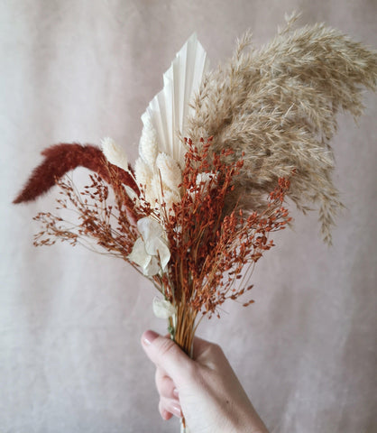 Small pampas mix bouquet