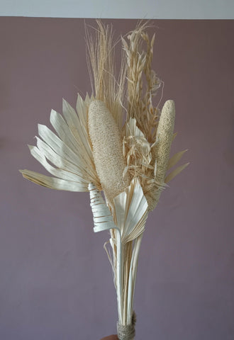 THE BLEACHED Bleached bouquet