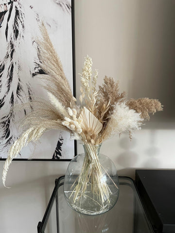 THE NUDES dried pampas bouquet