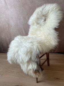 Large beige uk rare sheepskin..Caramel