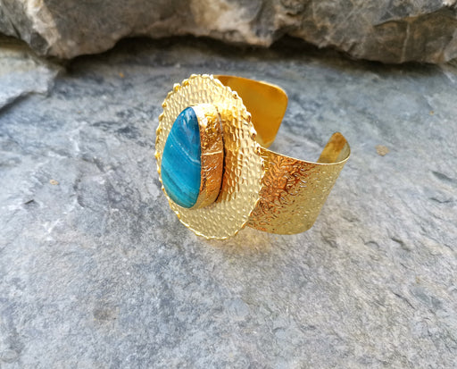 Gold Plated Brass Bracelet with Blue Agate Gemstone Adjustable SR22