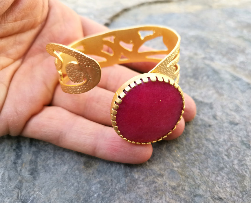 Gold Plated Brass Bracelet with Pink Stone Adjustable SR3