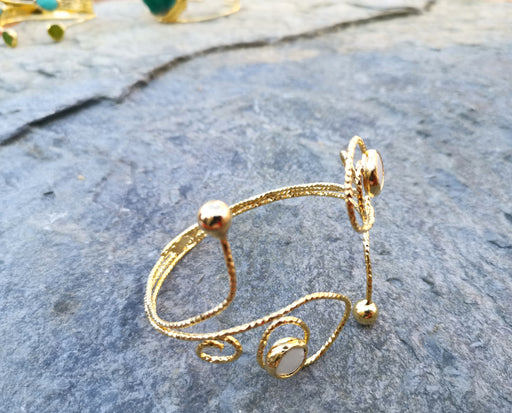 Gold Plated Brass Bracelet with Real Pearl Adjustable SR4