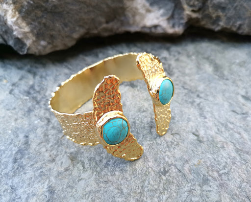 Gold Plated Brass Bracelet with Turquoise Gemstones Adjustable SR7