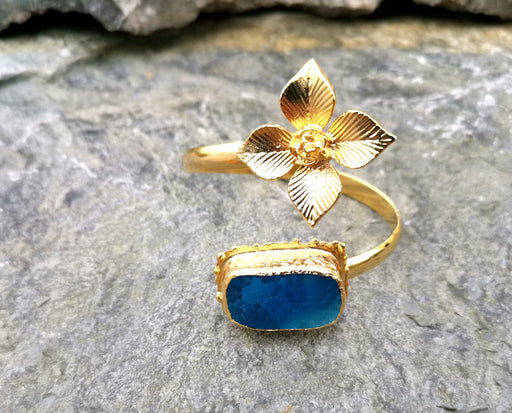 Flower Bracelet with Blue Agate Gemstone Gold Plated Brass Adjustable SR56