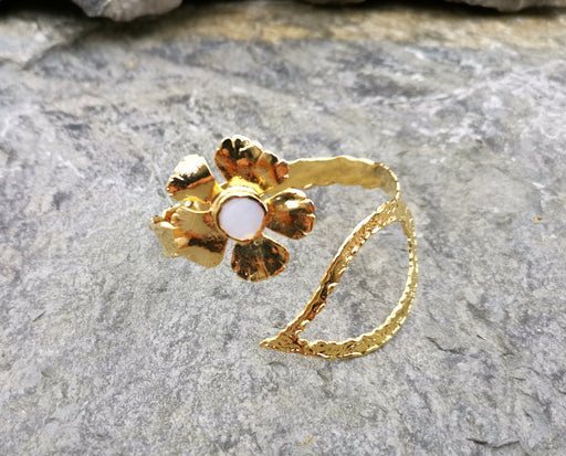 Flower and Leaf Bracelet with Real Pearl Gold Plated Brass Adjustable SR57